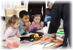 Знакомим ребенка с японской кухней